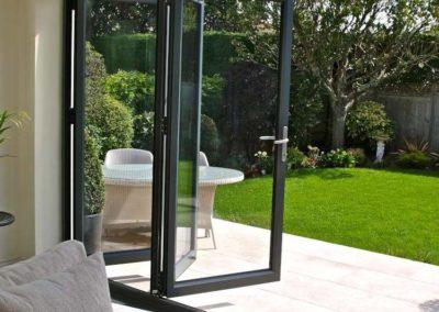 bi-fold-doors-wa15-7nx